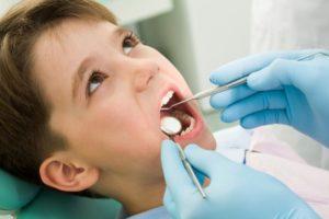 gipoplaziya-emali-zubov-u-detej-lechenie